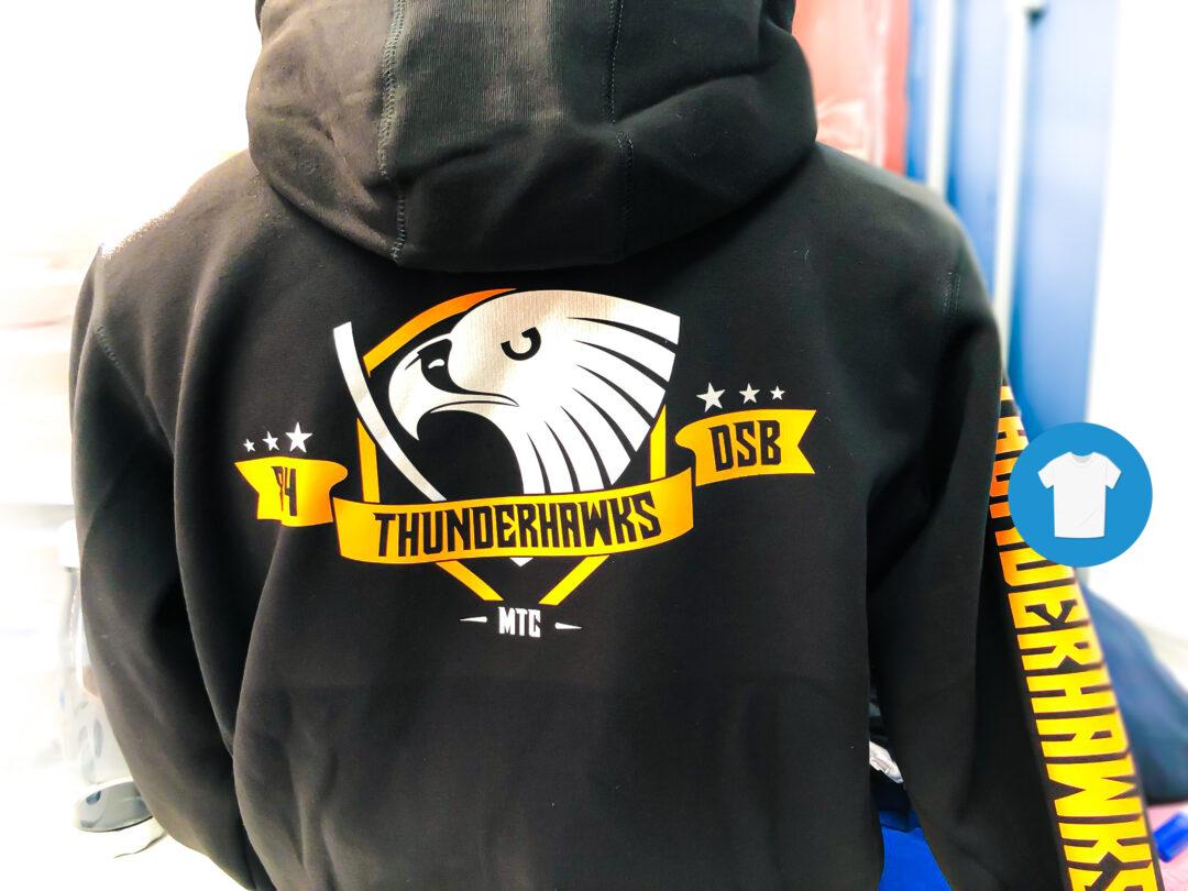 Signaal Bedrijfskleding // Thunderhawks // Bedrukte Hoodies en T-Shirts met een borst- en ruglogo