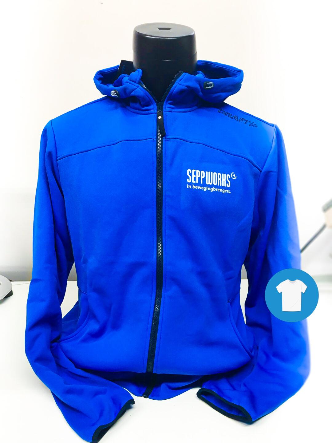 Signaal Bedrijfskleding // Seppworks // Bedrukken van sportkleding, softshell jassen en rugzakken